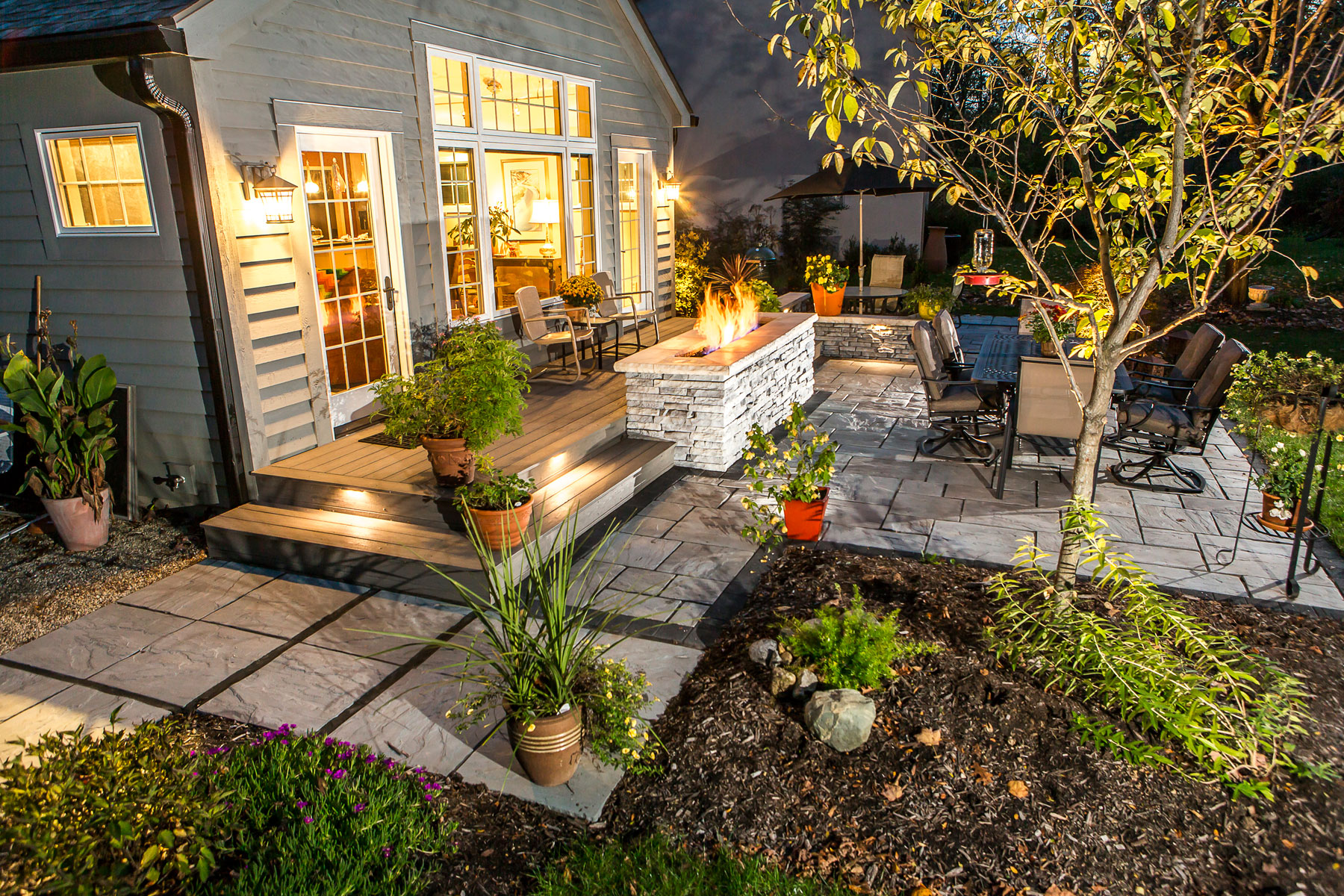 Outdoor Landscape Lighting for Patios, Walkways, and Retaining Walls Unilock