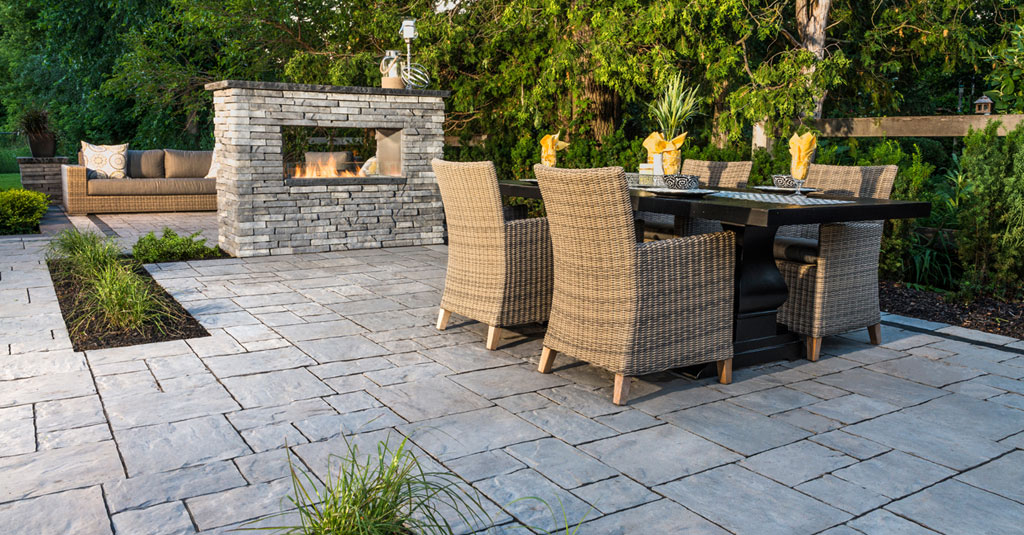 Outdoor Fireplace Design Ideas: Getting Cozy with 10 Designs | Unilock