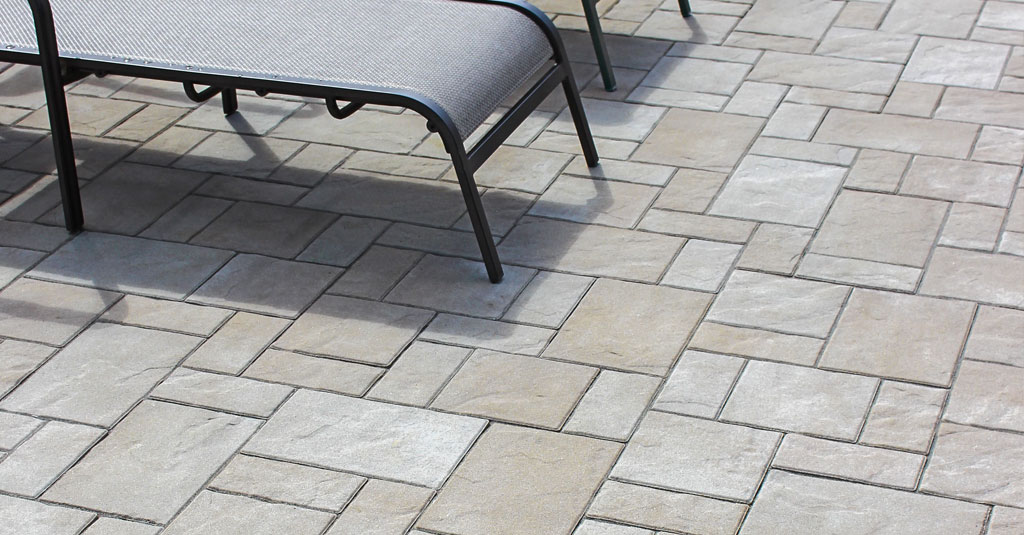 10 Patios That Use Paver Patterns to Make a Statement. Landscaping ... - 10 Patios That Use Paver Patterns To Make A Statement Unilock