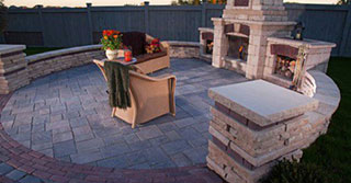 Showstopping Outdoor Fire Features for 2017