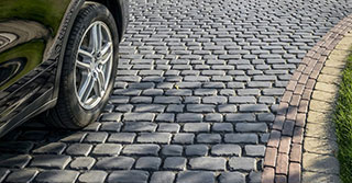 Design Tips: 3 Winning Combinations for Your Driveway Pavers