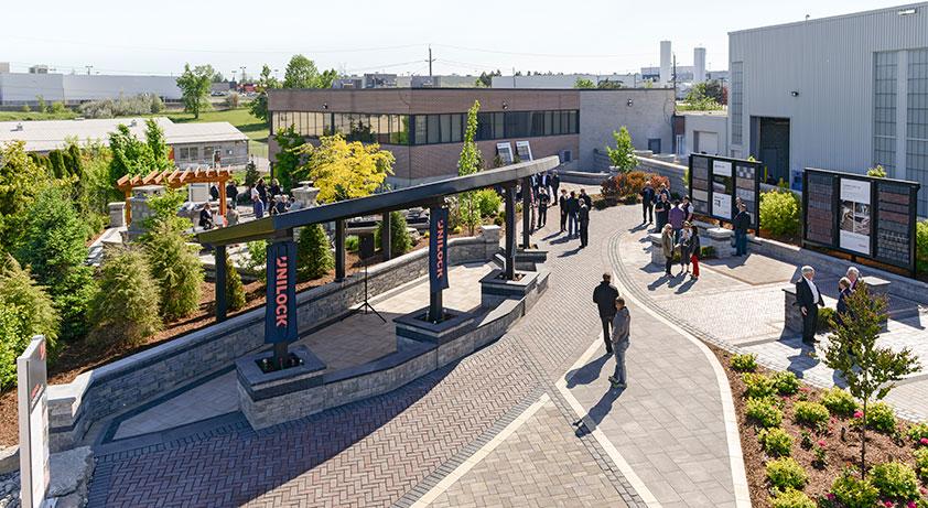 Toronto Area Outdoor Idea Center Unilock