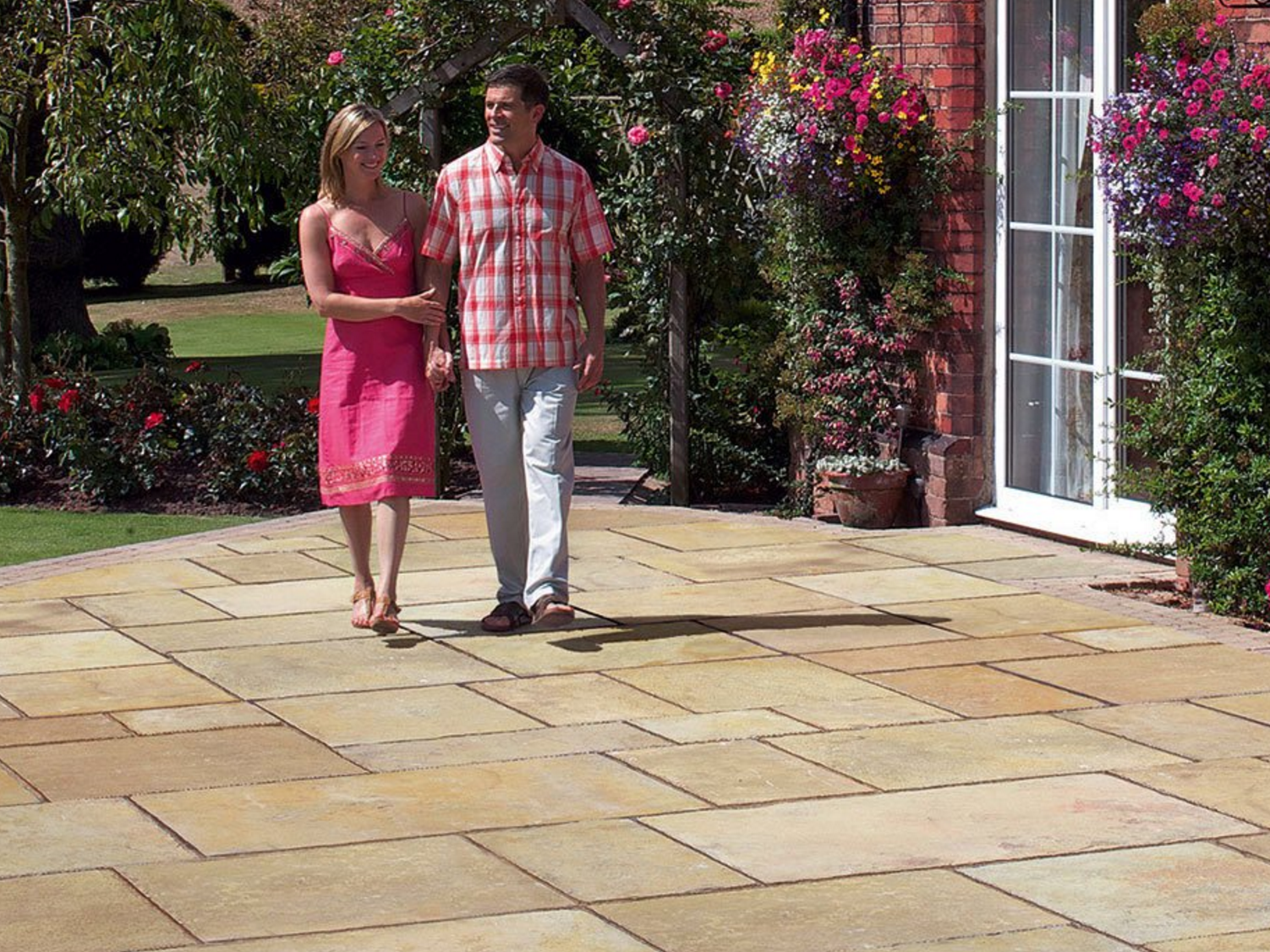 how to select and install natural stone for a patio design that ... - Natural Stone Patio Designs