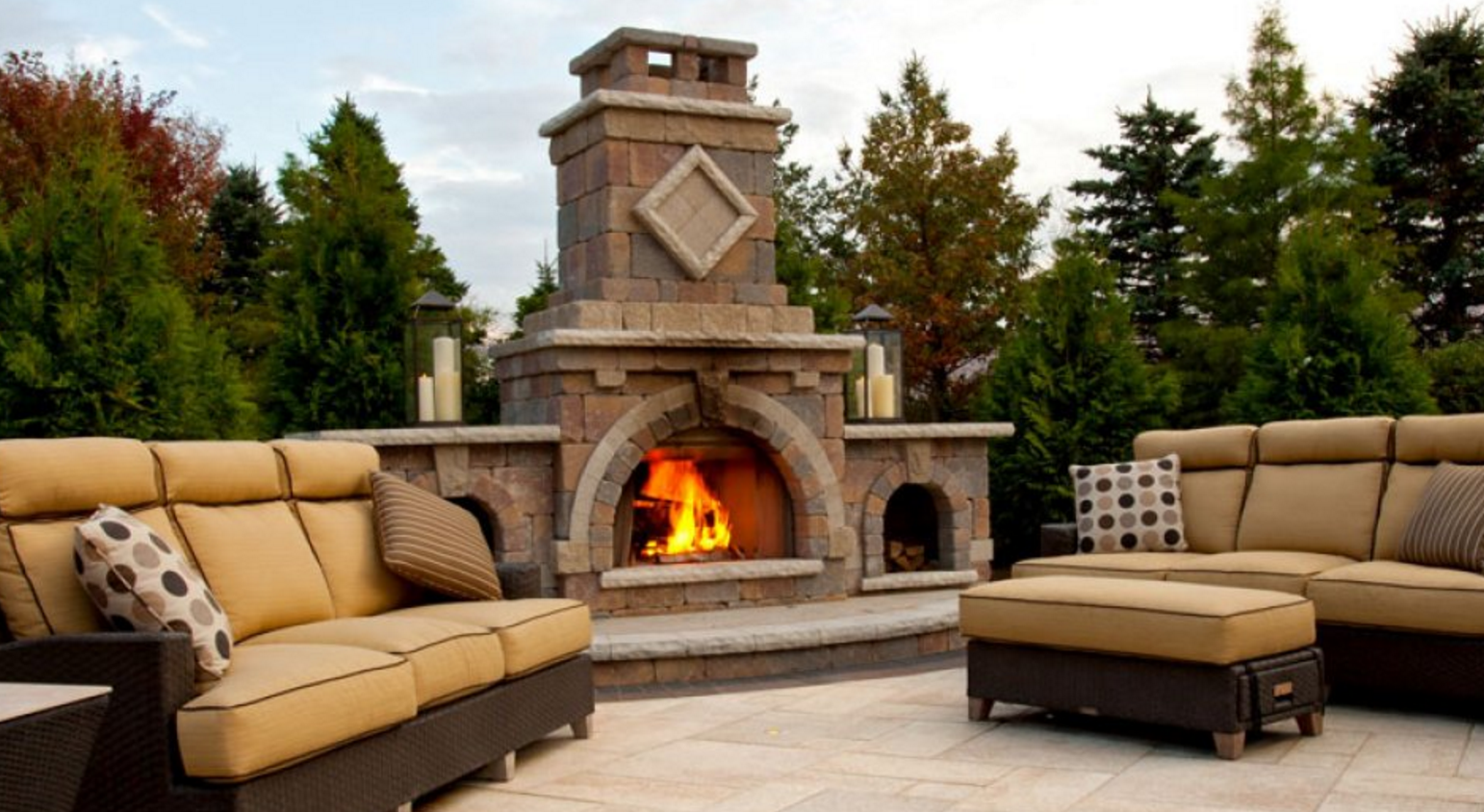 Outdoor Fireplace in NY, CT, PA, NJ