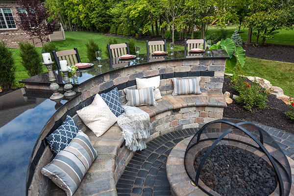 Fire Pit, Outdoor Fireplace in NY, NJ, PA, CT - Creating The Perfect Outdoor Fire Pit Room In Your Backyard Unilock