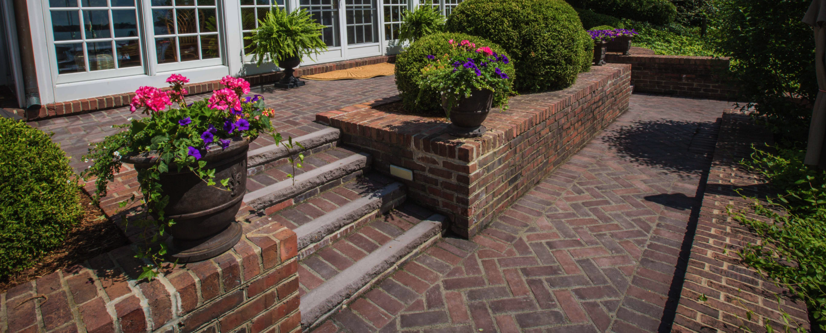 Patio Design Ideas: Using Concrete Pavers