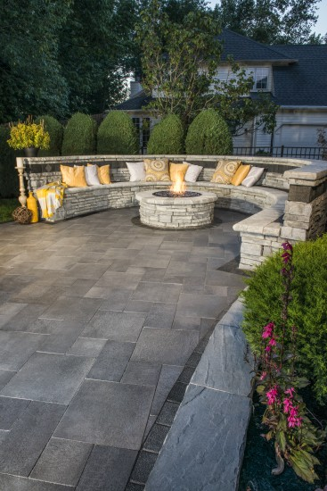 Maximize Your Patio Space With These Built In Seating