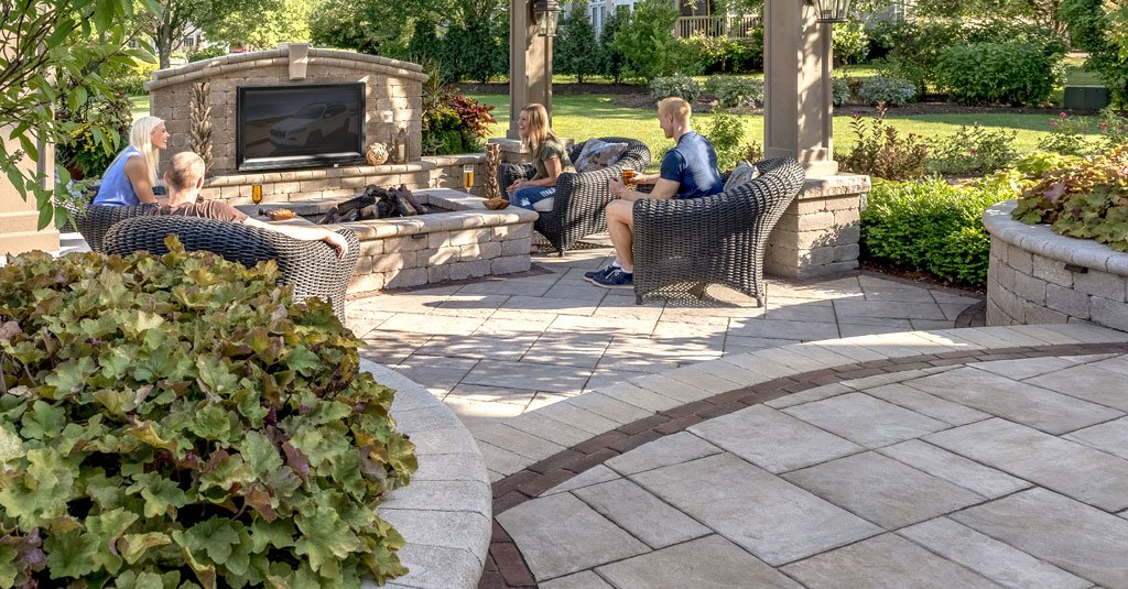 Aesthetic Paver Stone Using landscaping stones in your Cincinnati, OH backyard can add a timeless  look. The importance of having a durable and long lasting patio area as a  solid ...