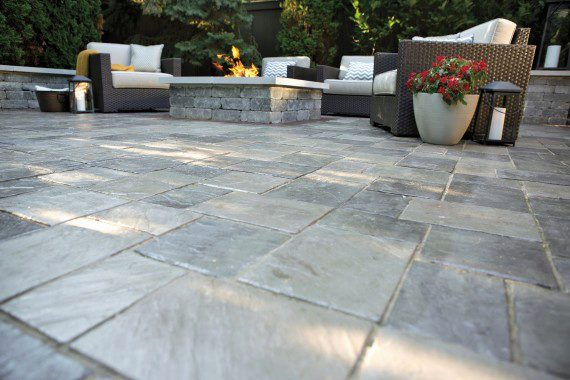 Patio pavers for modern landscape designs unilock for Latest patio designs