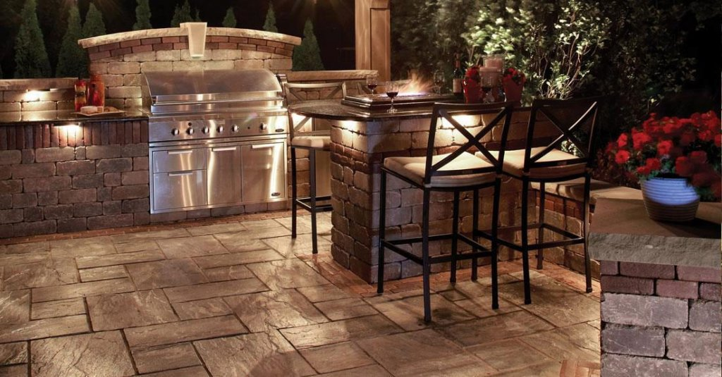 4 Must Haves For Stylish Overland Park Olathe Kansas City Lawrence Outdoor Kitchens Unilock