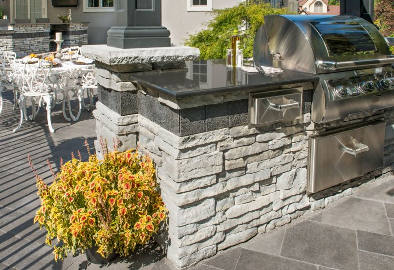 Outdoor Kitchen built with Unilock Rivercrest Wall