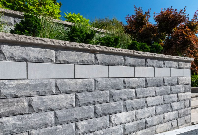 Unilock U-Cara retaining wall