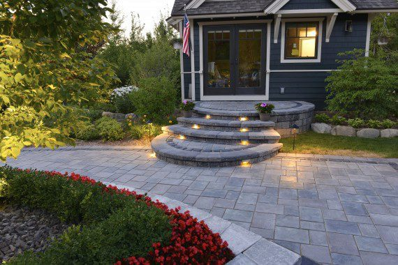 The Perfect Selection of Pavers for a Varied Patio in Mendham, NJ