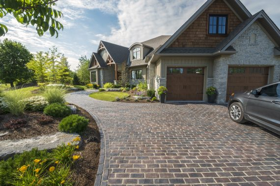 4 Driveway Pavers That Achieve the Look of Brick in Lebanon, PA