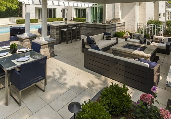 Sleek Large Format Pavers for Outdoor Kitchens That Mirror Their Indoor Counterparts in Saratoga, NY