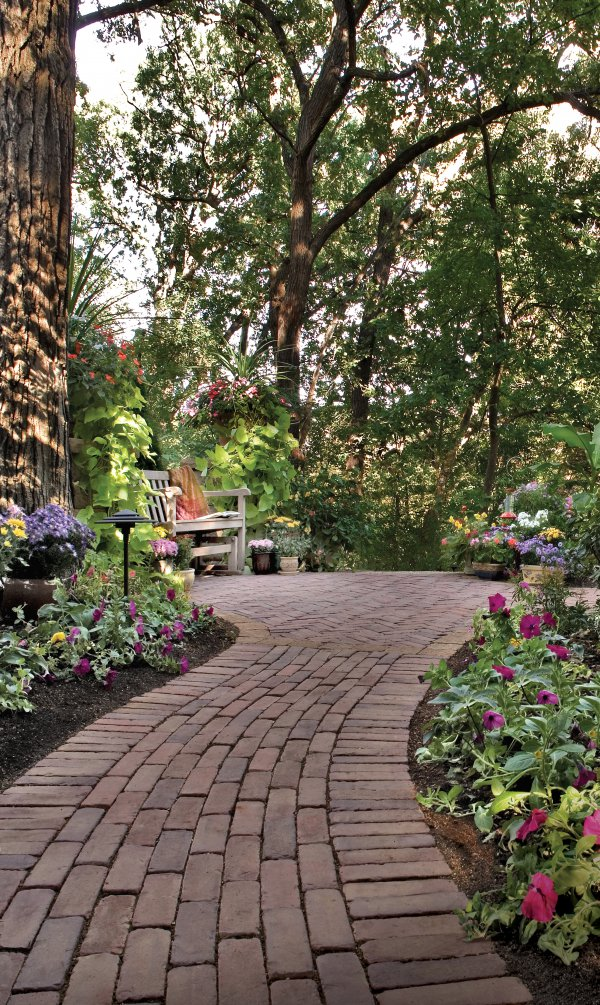 What to Look for in Walkway Pavers in Cold Spring, NY